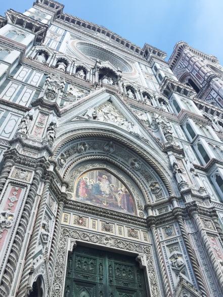 Front facade of the Cathedrale Santa Maria del Fiore