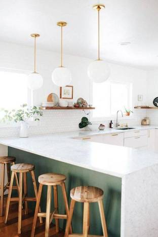 18-kitchens-that-have-perfected-minimalism-modern-kitchen-design-ideas-white-kitchen-with-green-counter-57d2cef181c866970ee84a20-w620_h800